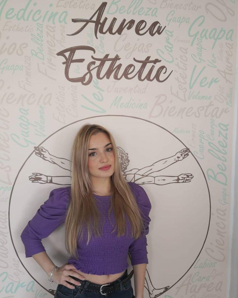 Nos ha visitado la modelo @carolinaacaroo , vino a Áurea Esthetic para ponerse en las manos de nuestro doctor César Guidi. Muchas gracias