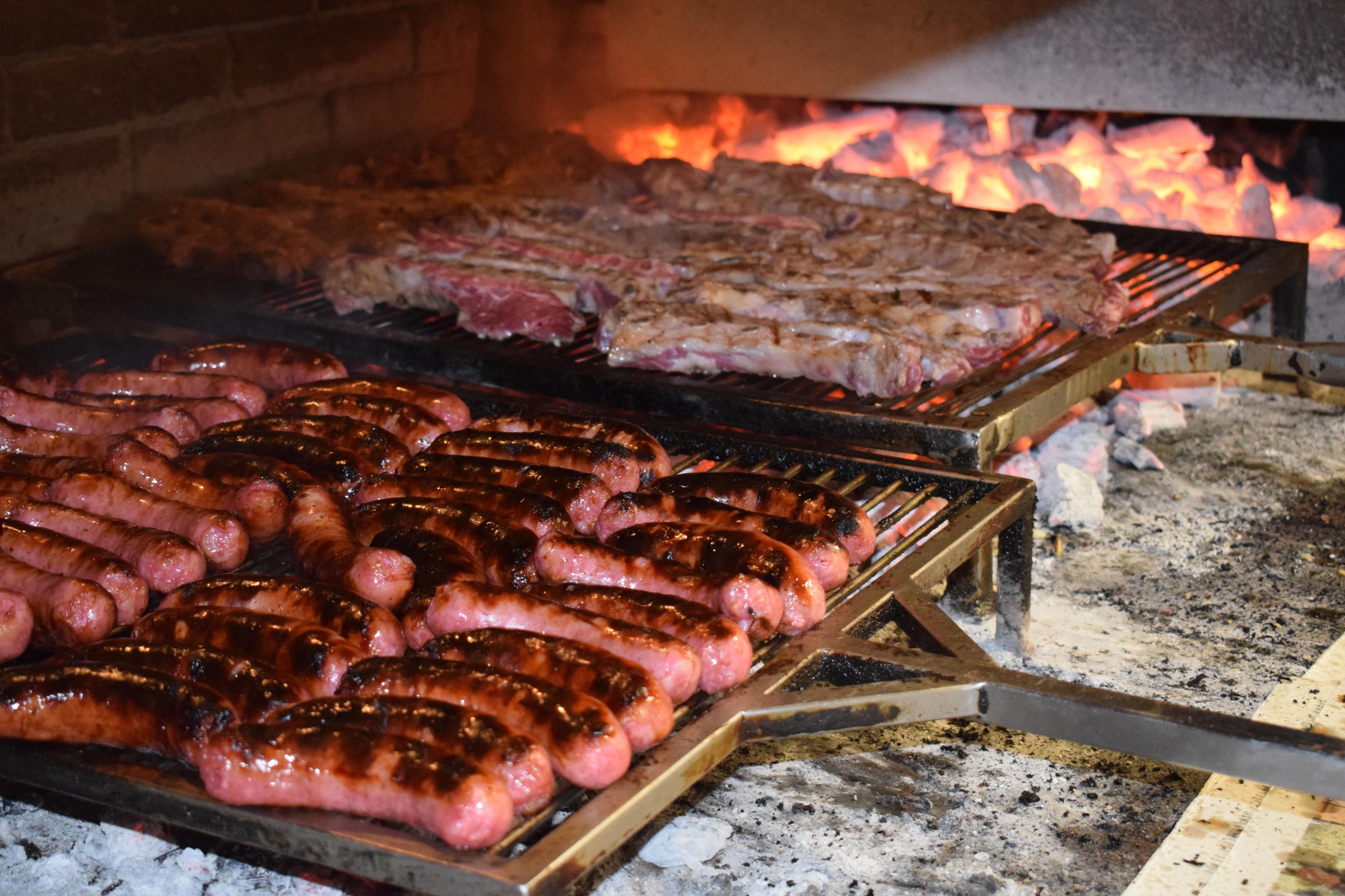 Foto 18 de Restaurante ubicado en A Coruña especialista en parrilladas en Cambre | Restaurante Parrillada El Gaucho Díaz I