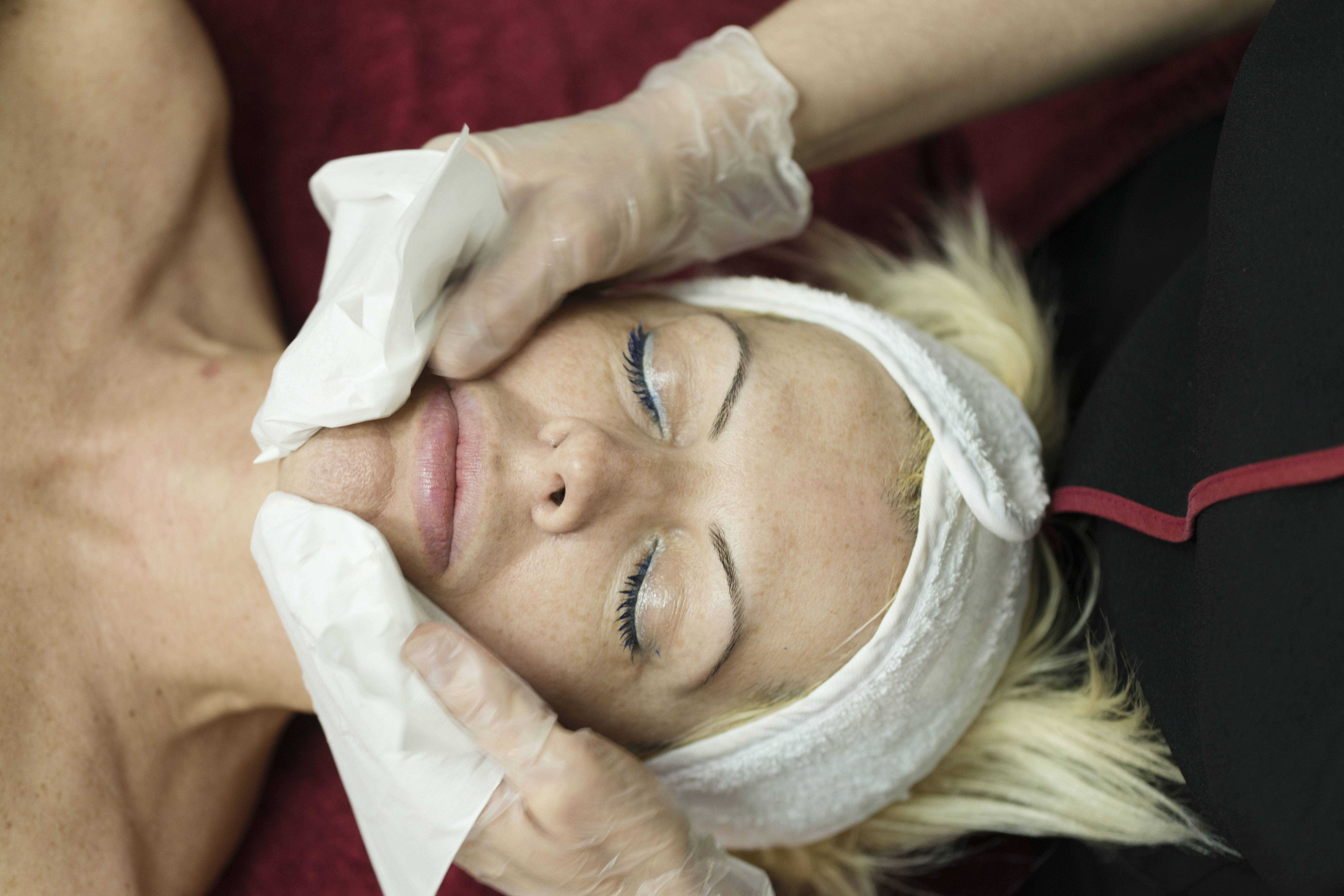 Tratamientos faciales con productos Lamdors: Tratamientos y productos de Estética Avanzada Luisa Vich