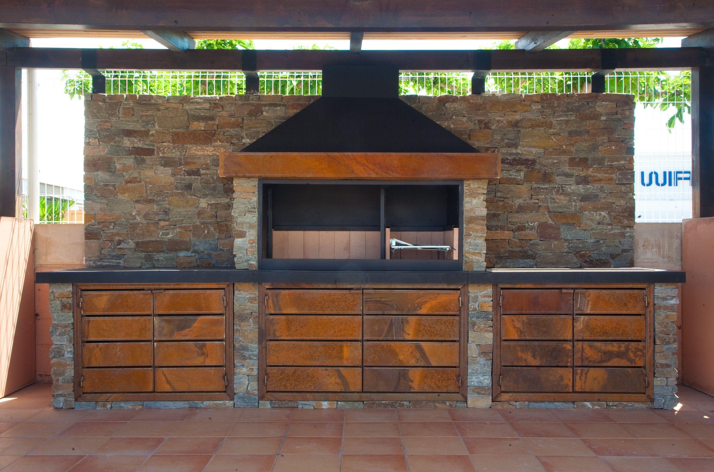 Foto 2 de Chimeneas y estufas en Villanueva de Gállego | Chimeneas López