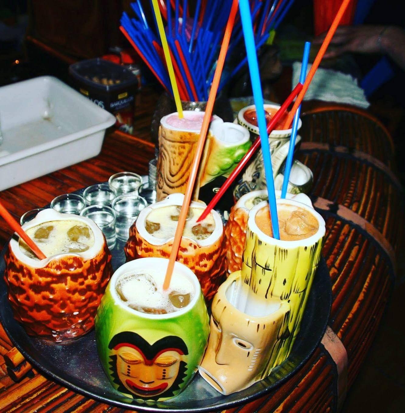 Aloha Polinesian Bar te espera