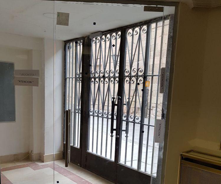 Puertas exteriores de cristal