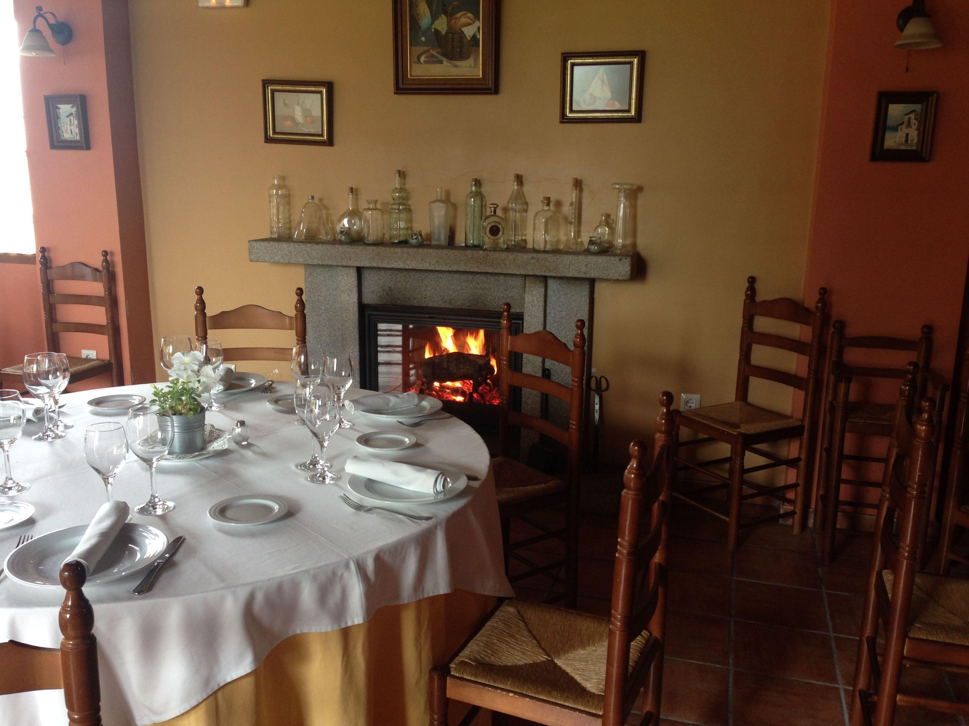 Foto 2 de Restaurante en Vallejera de Riofrío | La Corrobla