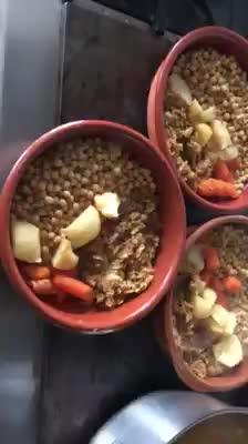 Cocido tradicional - Restaurante La Corrobla - Béjar }}