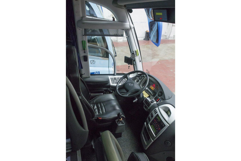 Cabina de uno de nuestros autobuses