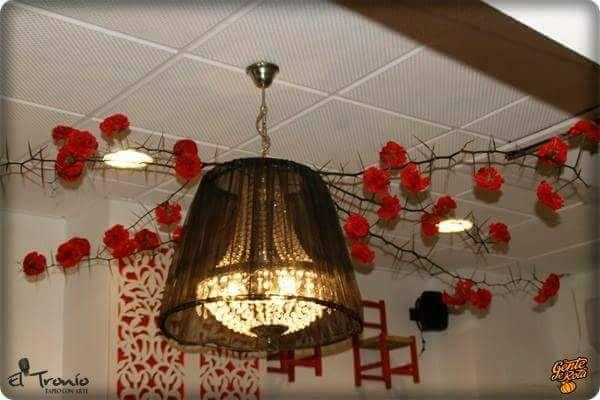 Taberna de ambiente flamenco en Rota