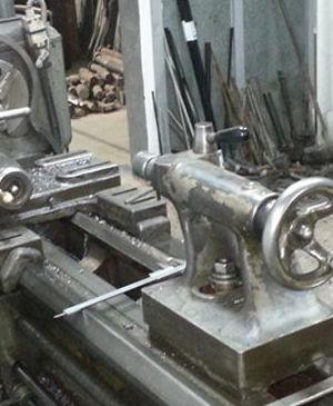 Torno mecanizado de piezas