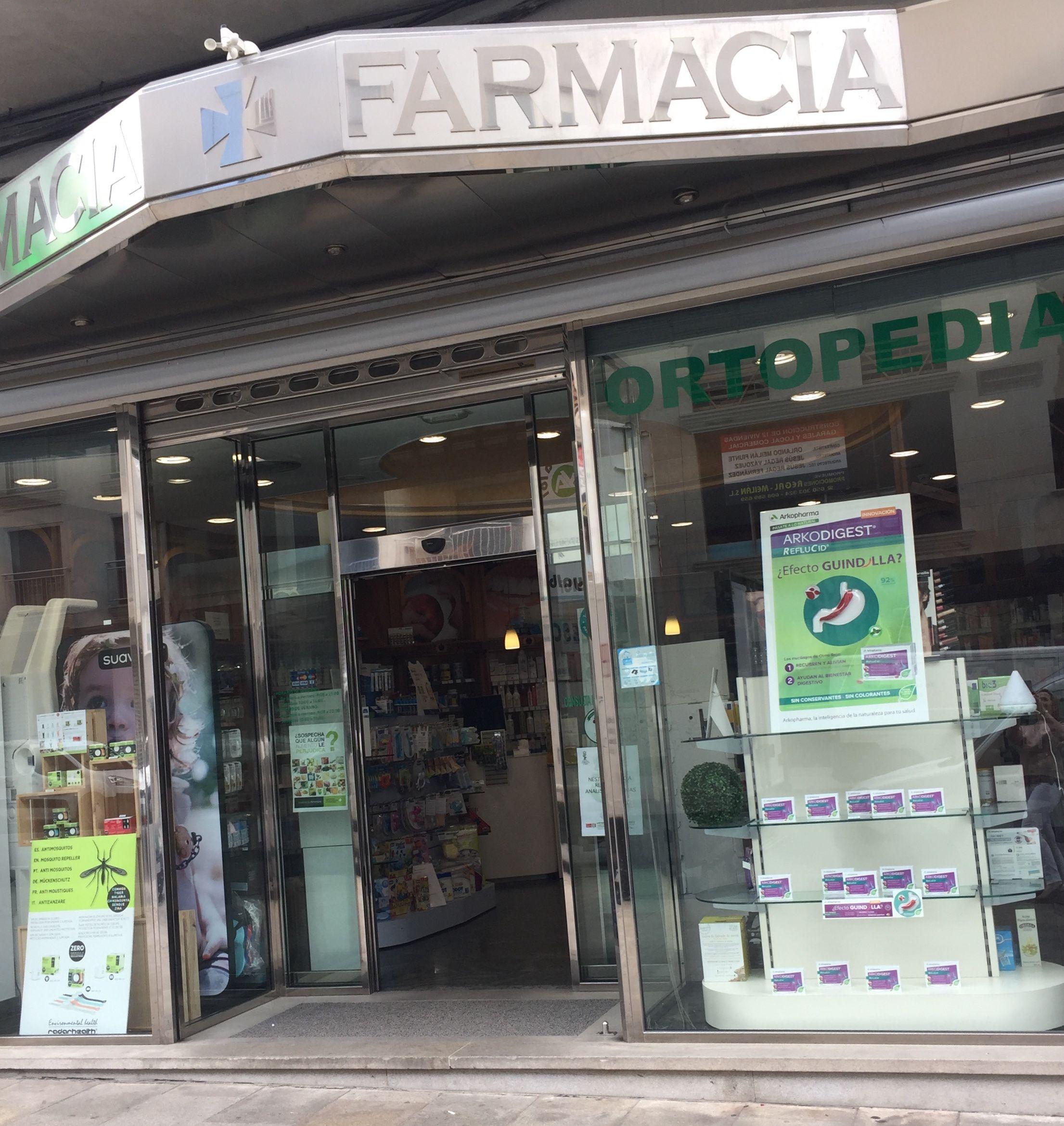 Farmacia con productos de alimentación infantil en Chantada