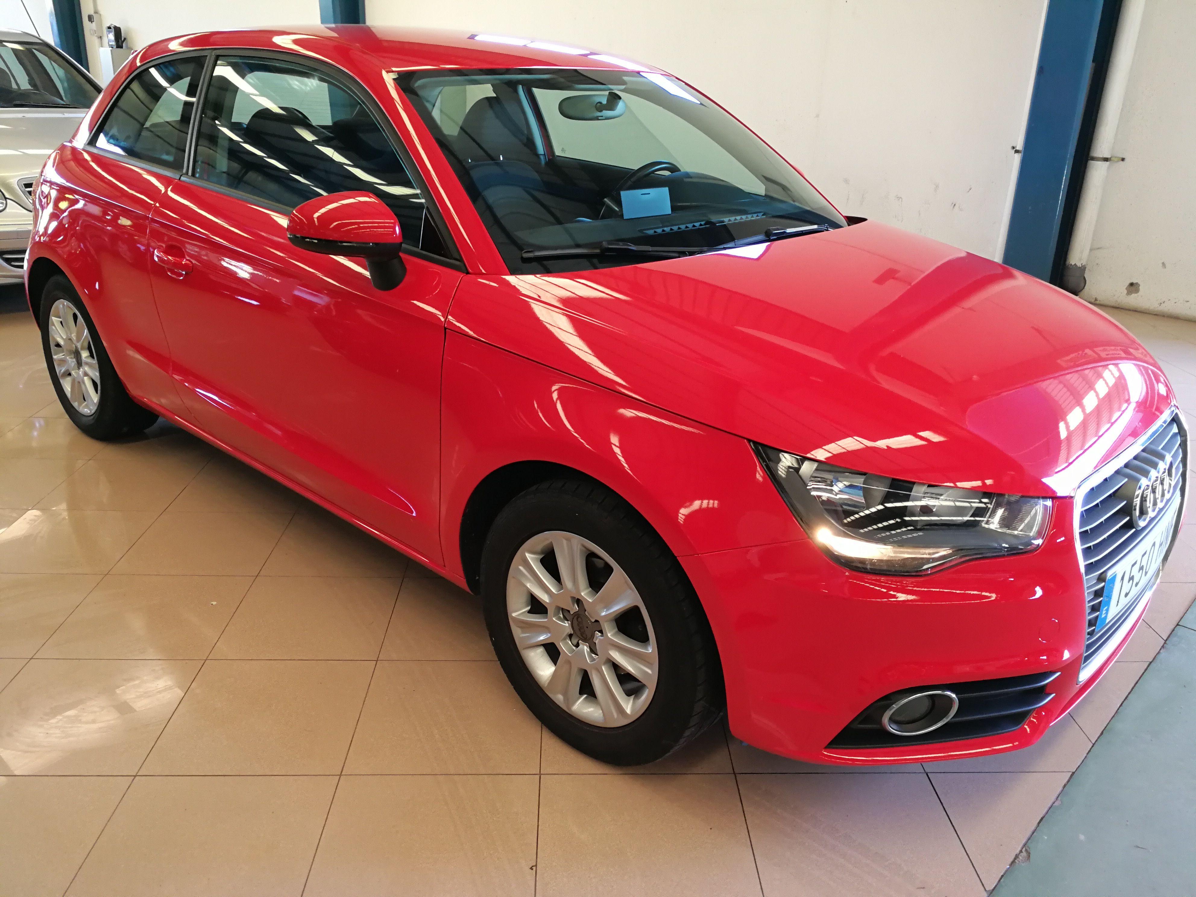 AUDI A1 1.6 TDI 90cv Attraction (1550-HNF): Servicios Peugeot de Senra Sport