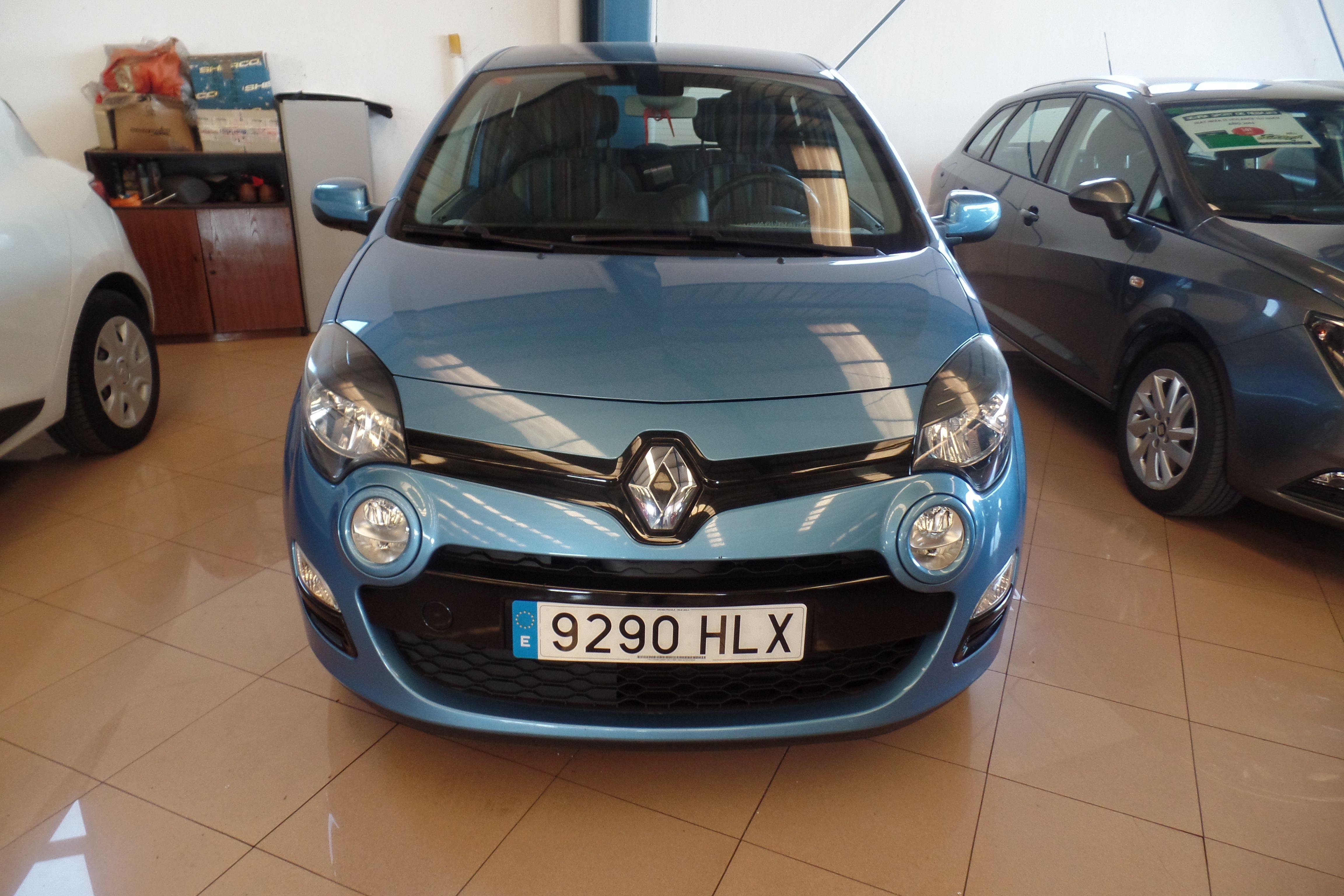 RENAULT Twingo Emotion dCi 85 eco2 (9290-HLX): Servicios Peugeot de Senra Sport