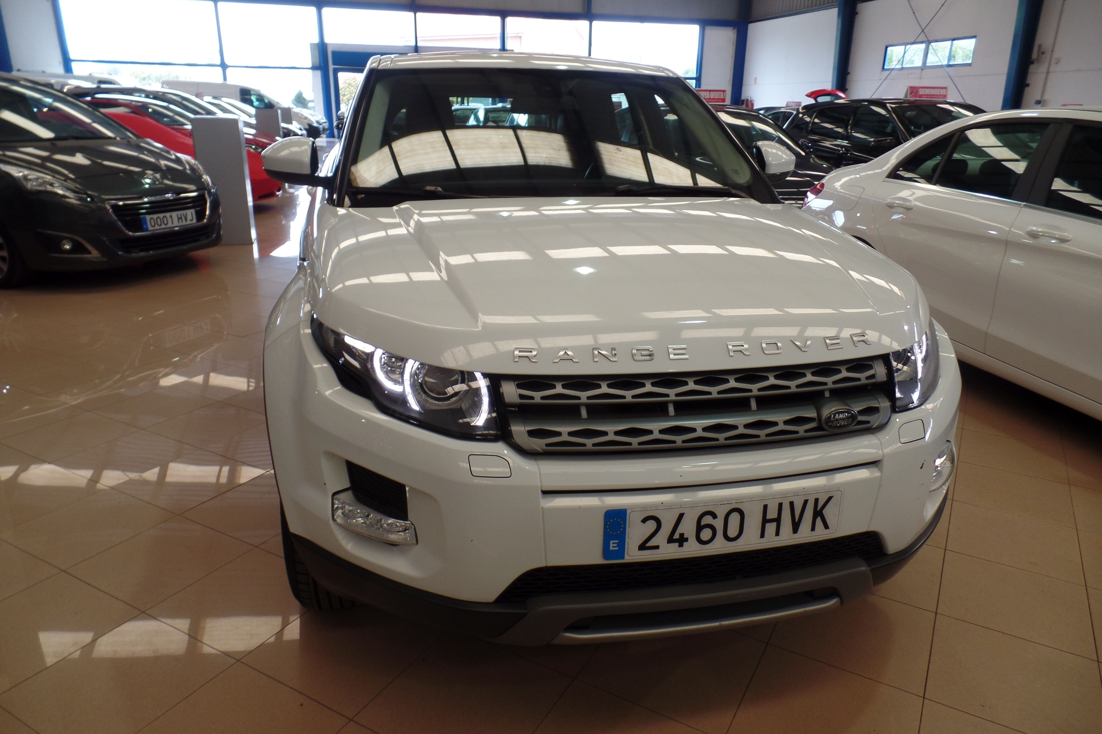 LAND-ROVER Range Rover Evoque 2.2L eD4 150CV 4×2 Pure (2460HVX): Servicios Peugeot de Senra Sport