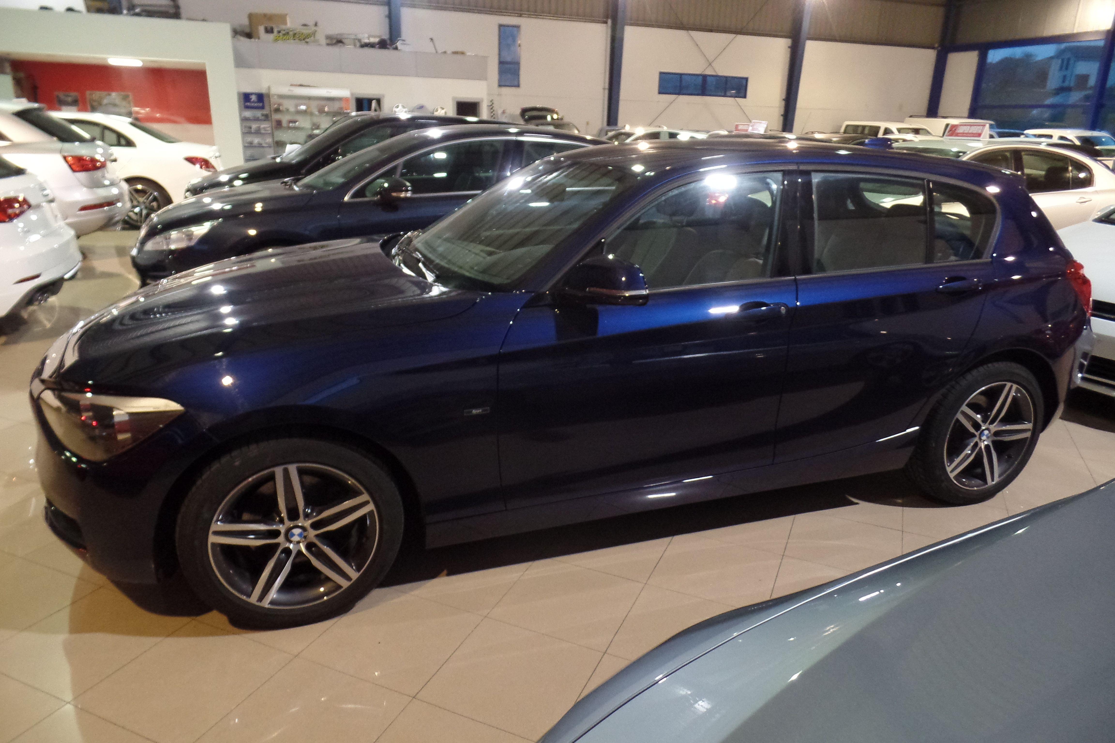 BMW Serie 1 120d Sport (7034-HKB): Servicios Peugeot de Senra Sport
