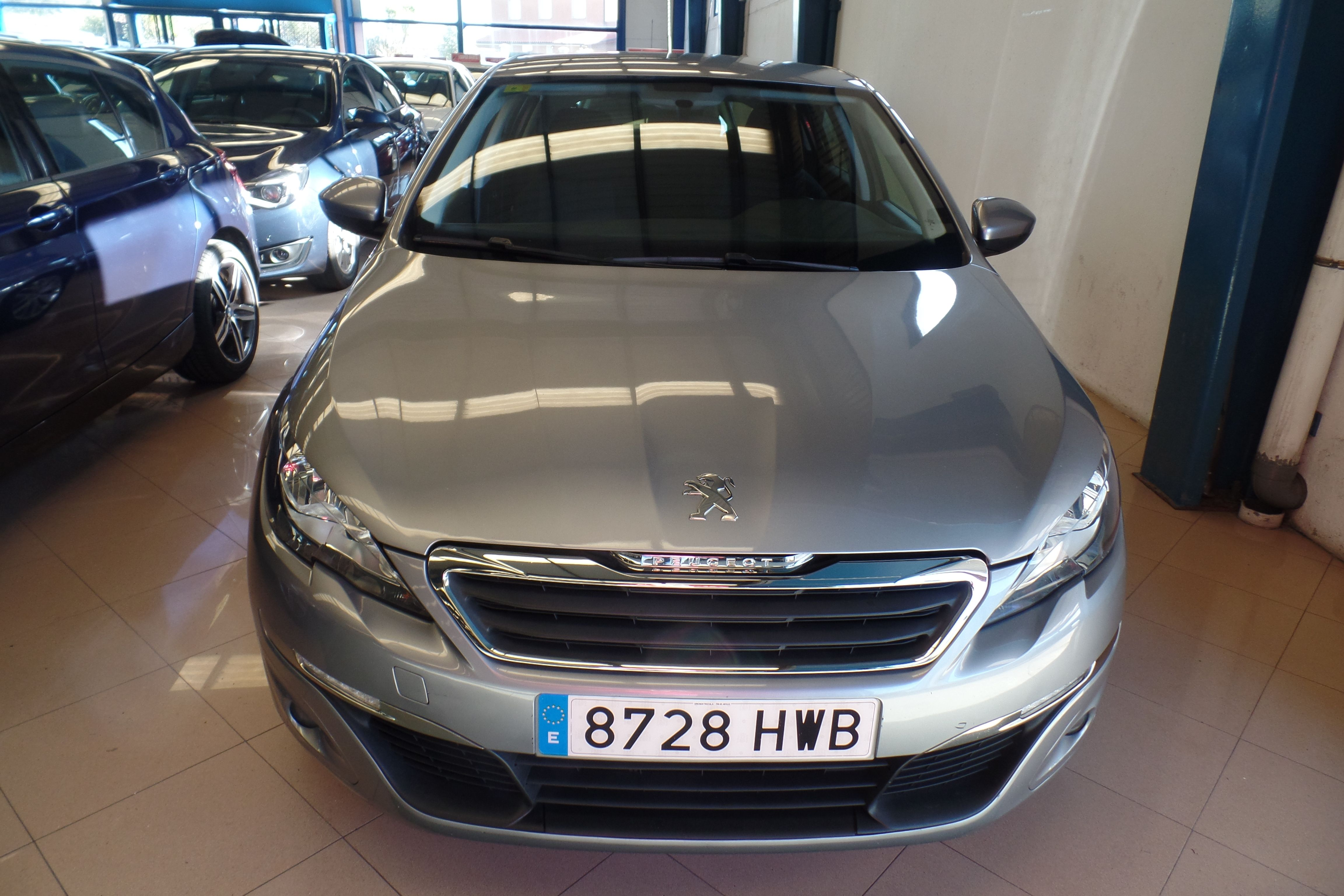 PEUGEOT 308 Nuevo 308 5p Business Line 1.6 eHDi 115 (8728-HWB): Servicios Peugeot de Senra Sport