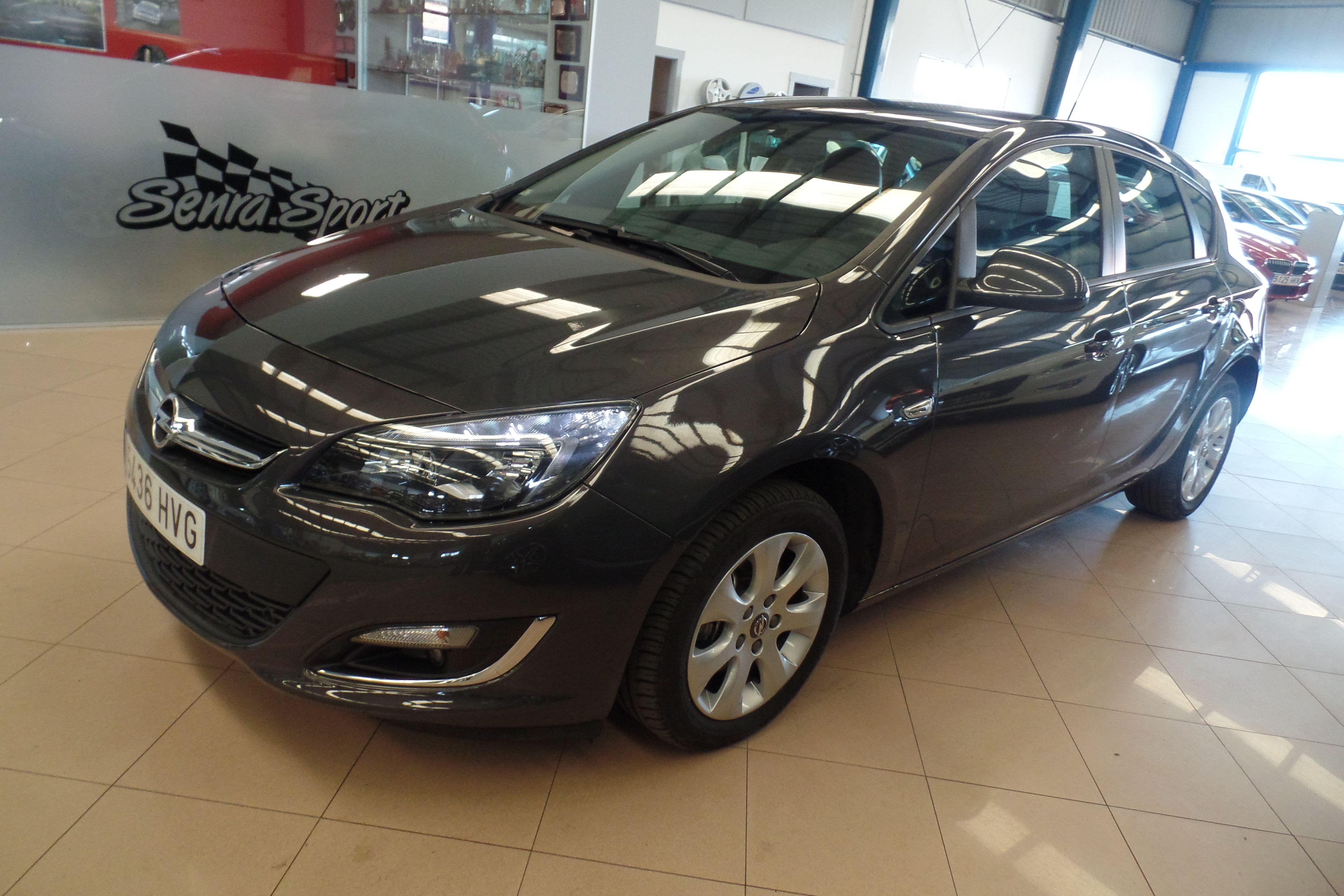 OPEL Astra 1.7 CDTi 110 CV Business (5436-HVG): Servicios Peugeot de Senra Sport