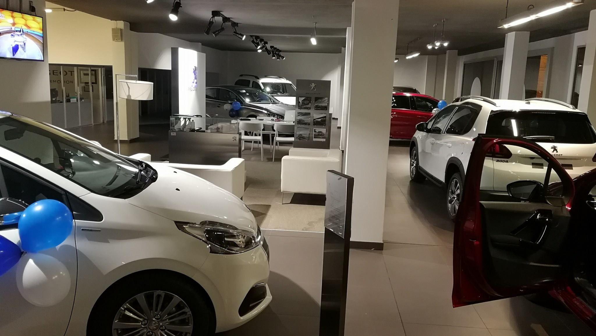 Ven a ver nuestra exposición de coches de ocasión en Coruña