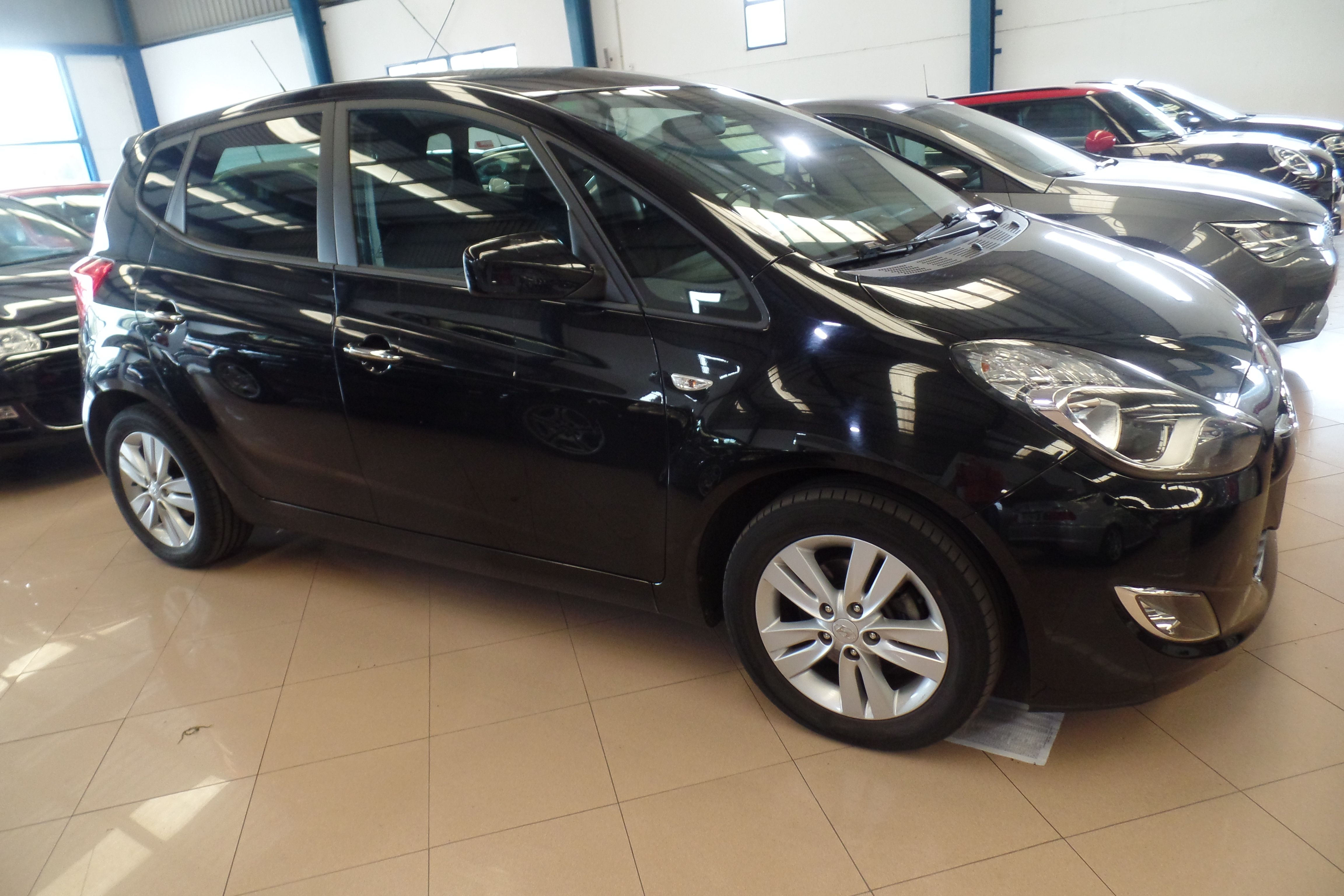 HYUNDAI ix20 1.6 CRDI GLS 115cv Comfort (7937HGP): Servicios Peugeot de Senra Sport