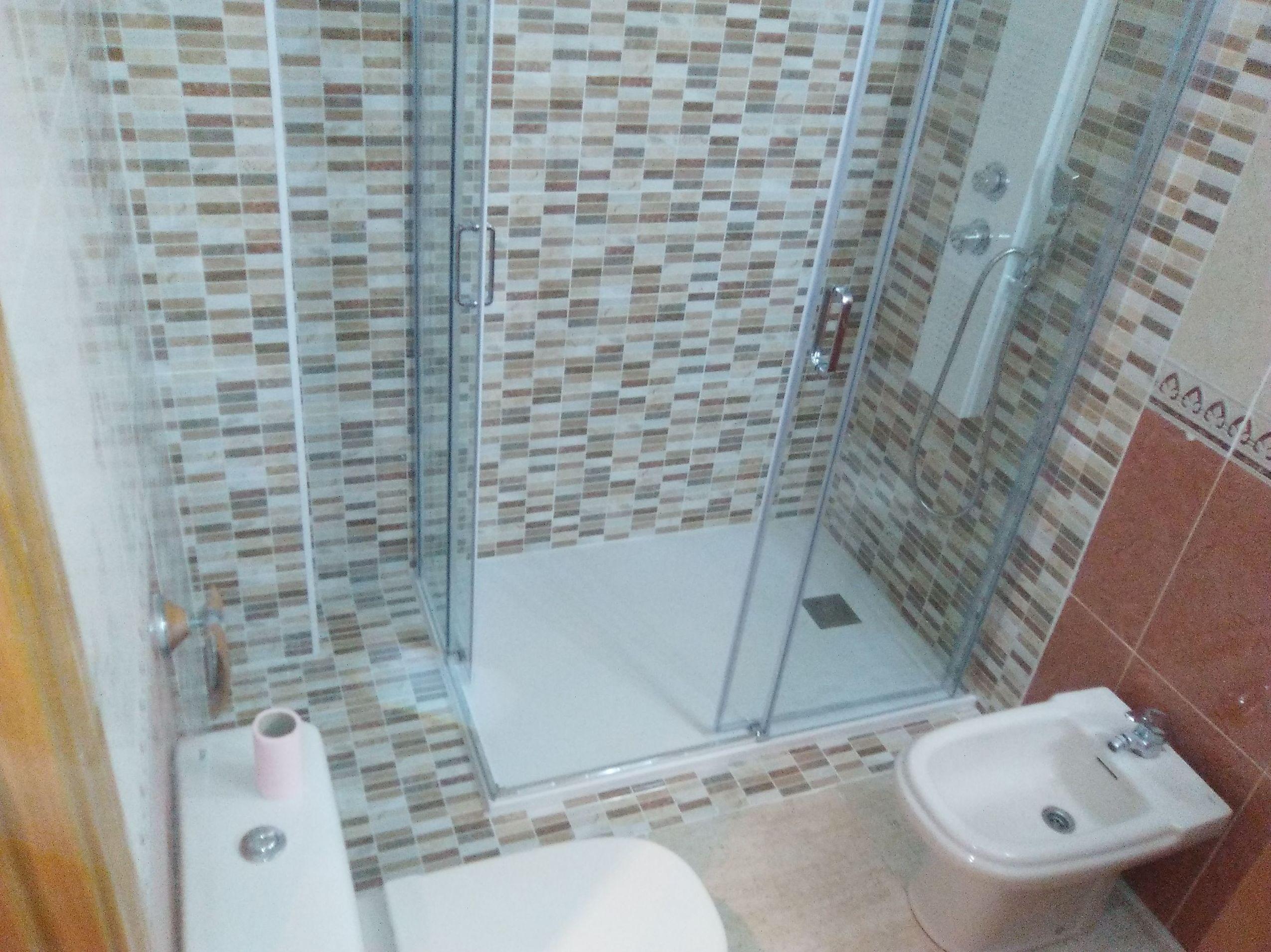 Foto 3 de Reformas de baños y cocinas en Zaragoza | REFORMAS BAÑO MODERNO