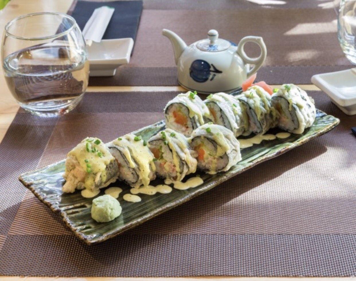 Futomaki Rolls: Especialidades de Restaurante Isami