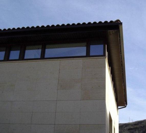 Foto 4 de Carpintería de aluminio, metálica y PVC en Cabanillas del Campo | Carpintería de PVC y Aluminio Ercalum, S.L.