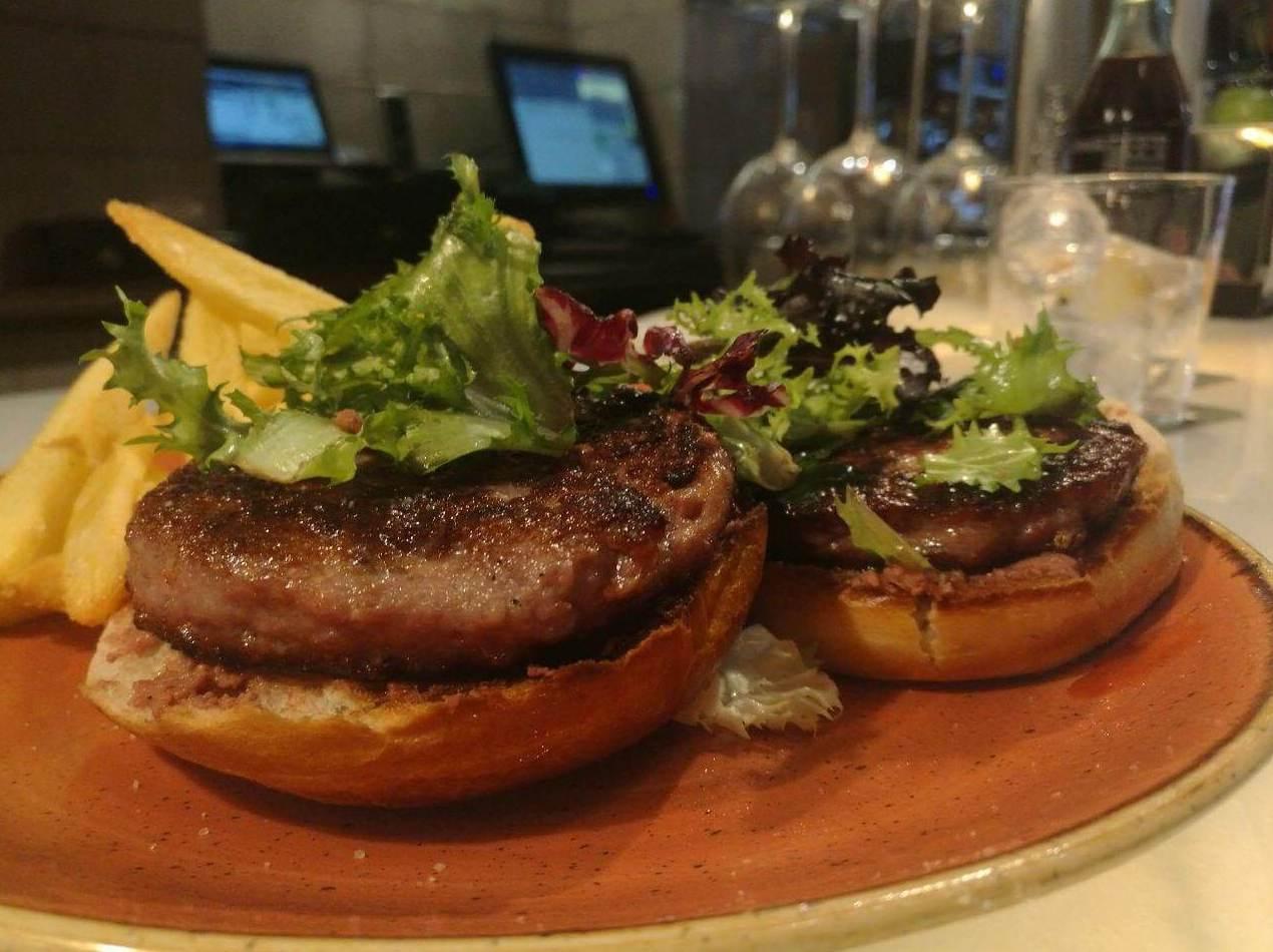 ¿Has probado nuestras hamburguesas de carne de retinto?