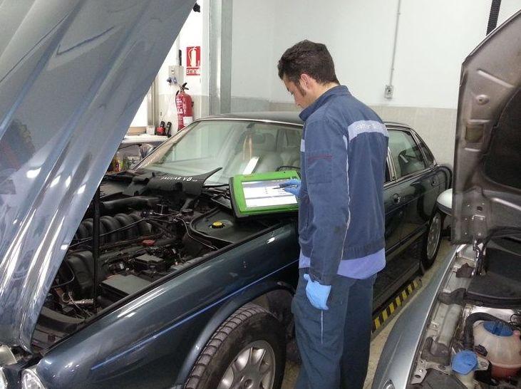 Servicio de electrónica: Servicios  de Taller Mecánico Moreno Motor