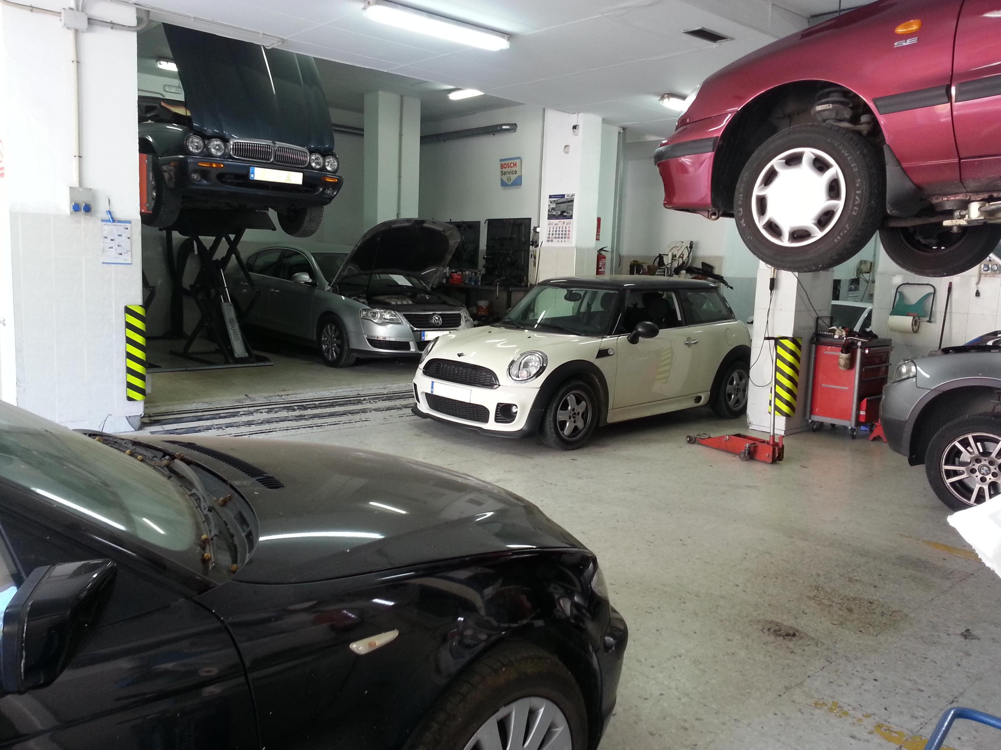 Foto 5 de Talleres de automóviles en Córdoba | Taller Mecánico Moreno Motor
