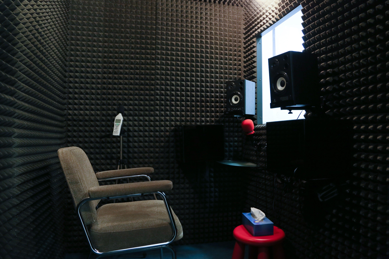 Foto 3 de Audífonos en Madrid | Audiología RV Alfa