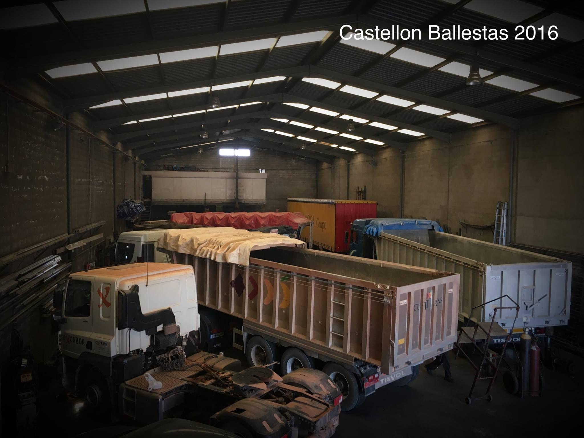 Montaje de toldos: Servicios de Castellón Ballestas 2016