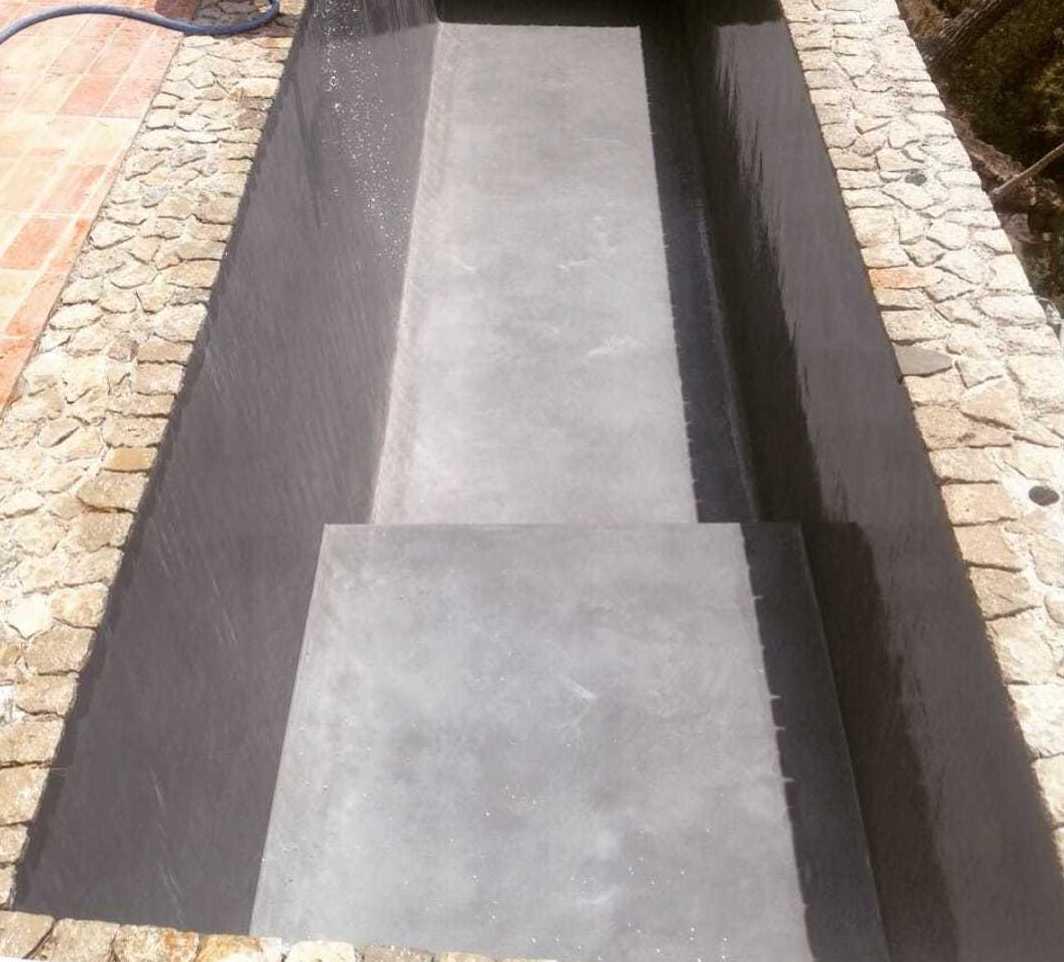 Piscinas de cemento Ibicencas