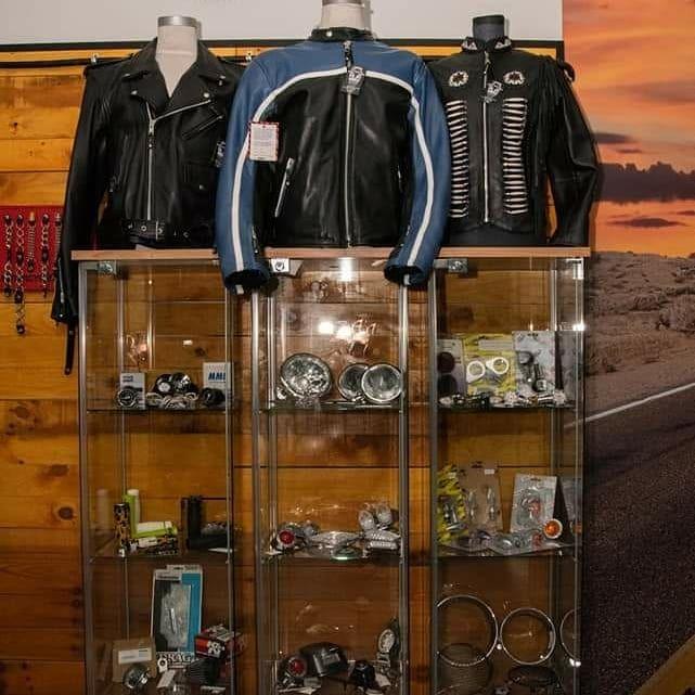 Tienda accesorios de moto en Cornellá