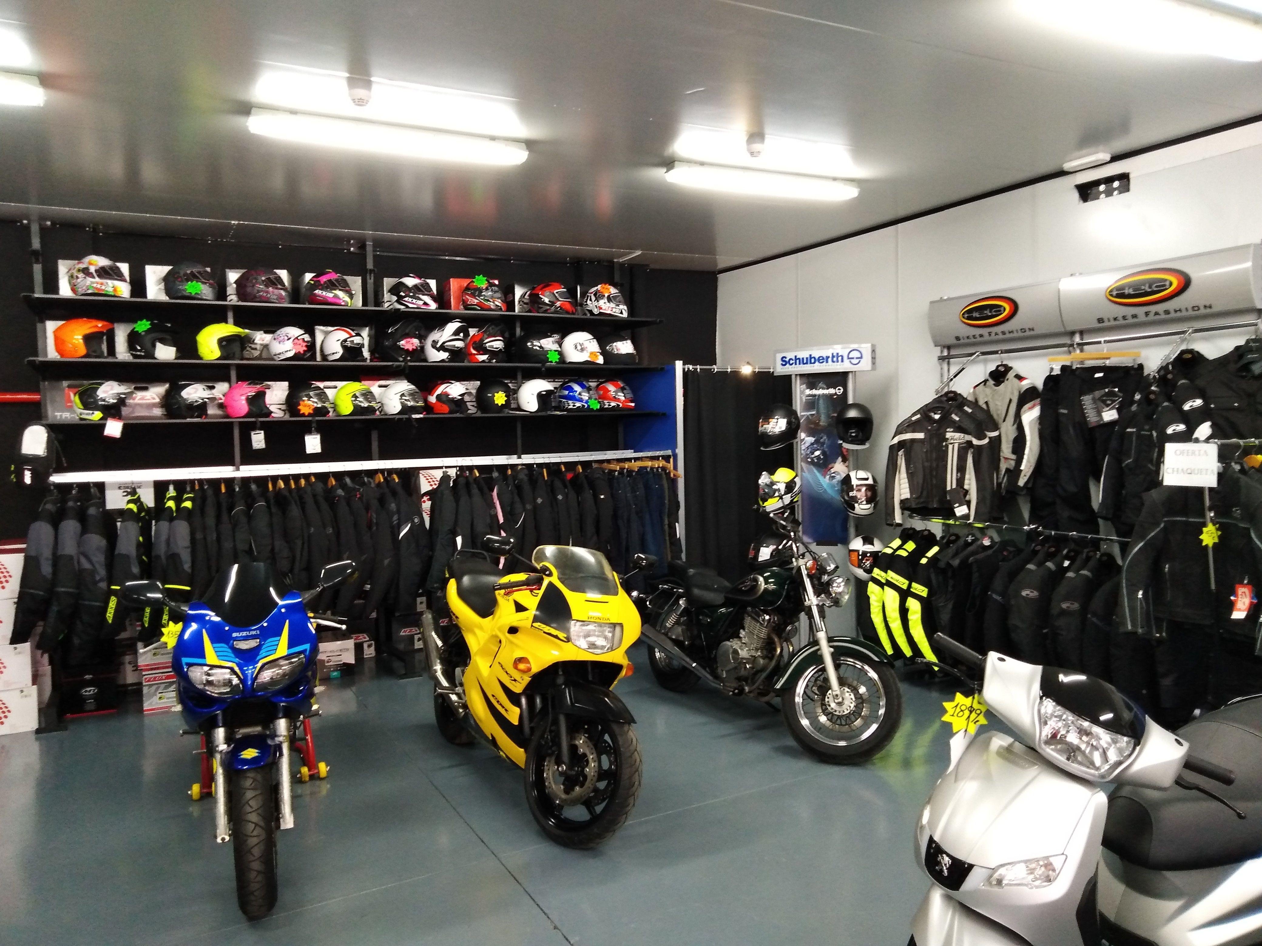 ¿Estás pensando en comprar una moto? Visítanos