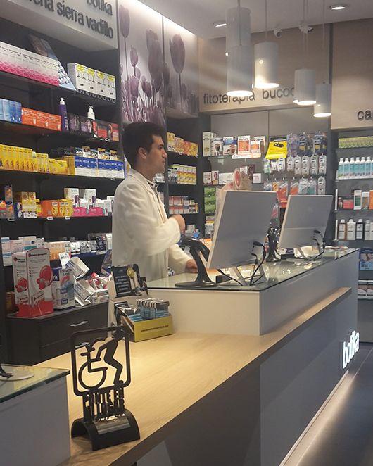 Tratamiento supervisado con metadona: Servicios de Farmacia Lorena Sierra
