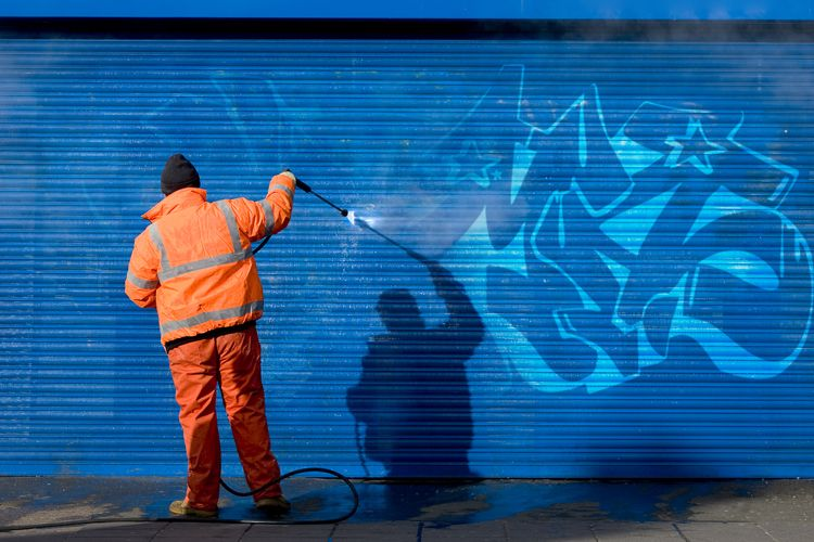 Limpieza de grafitis en Sevilla