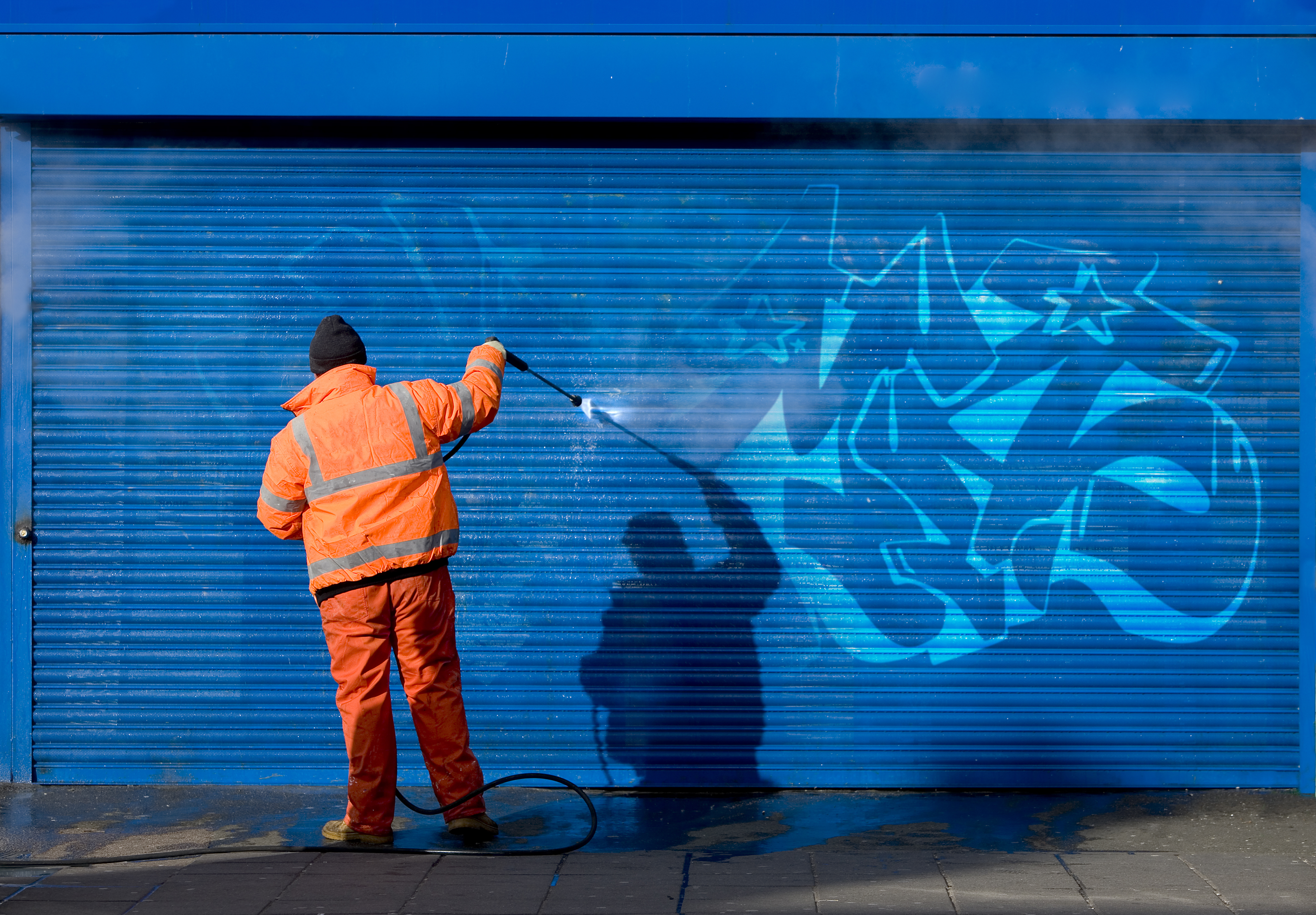 Limpiezas de graffitis: Servicios de Serliman