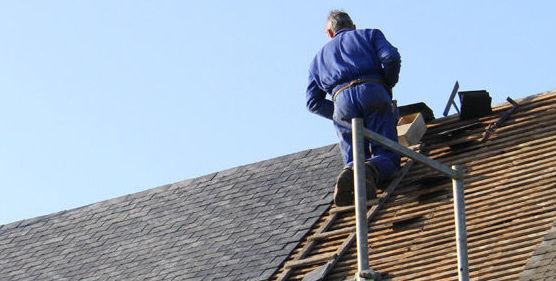 Servicio de mantenimiento de tejados en Asturias