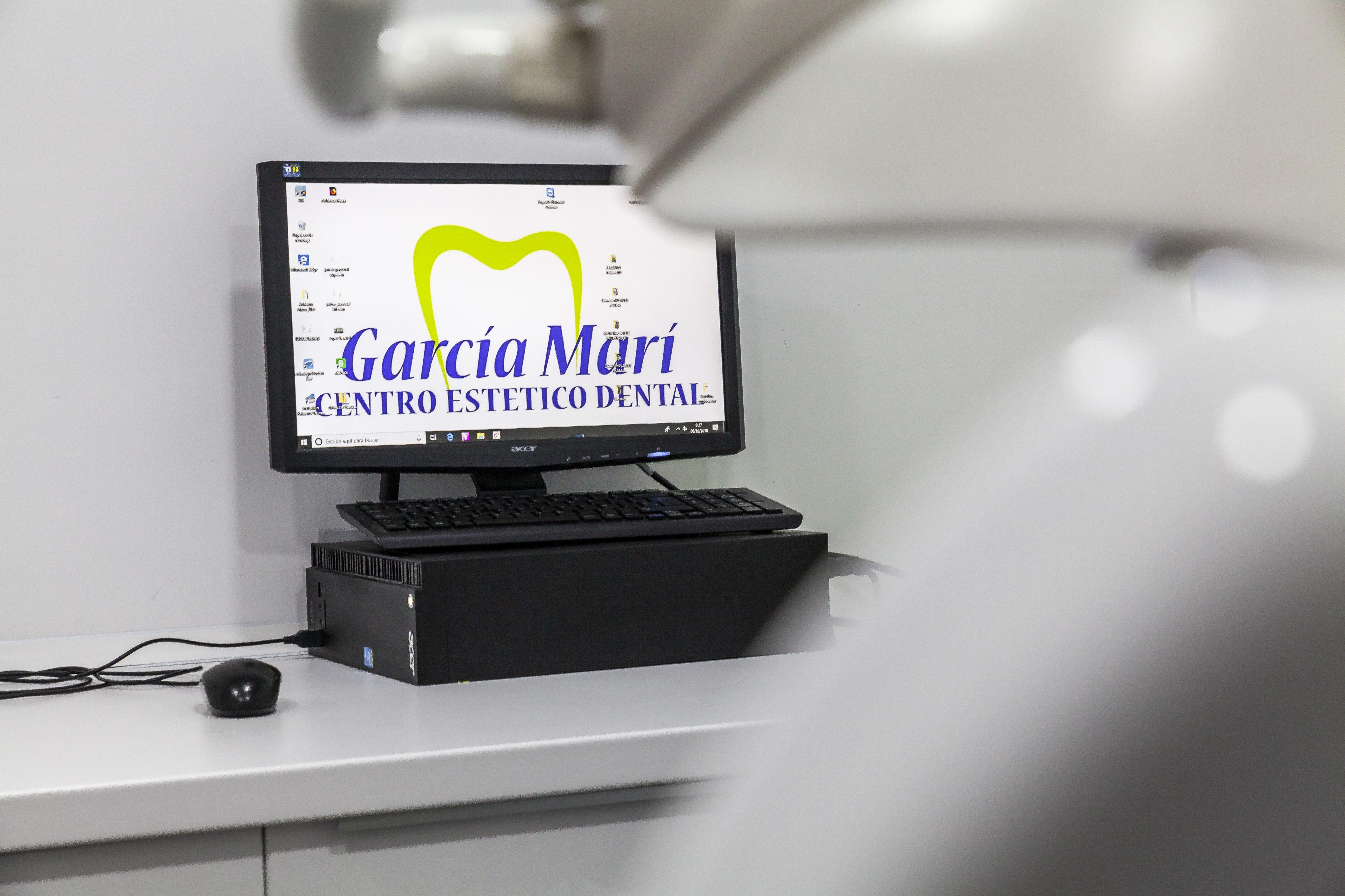 Ordenador Centro de Estética Dental Innova