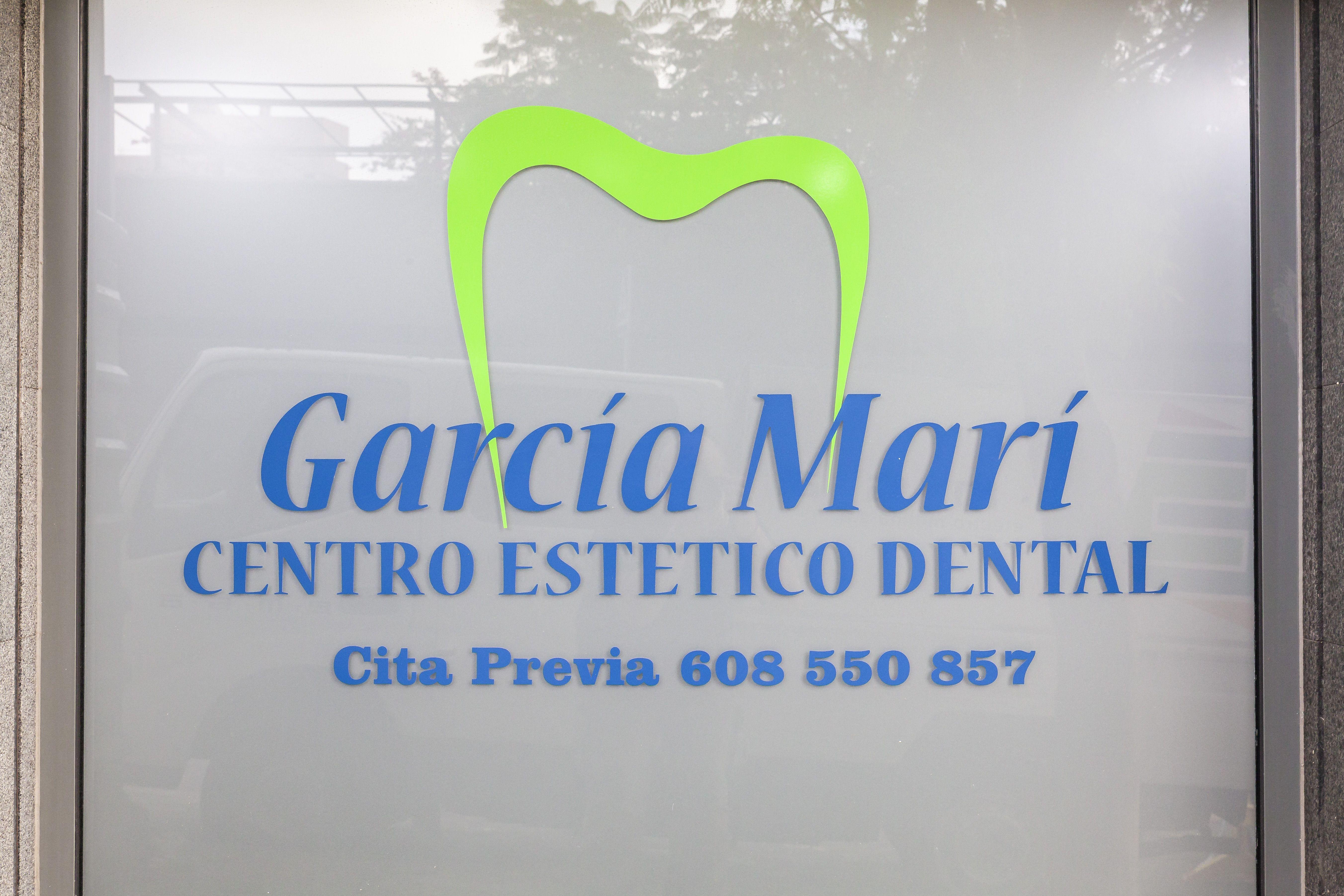 Rótulo Centro de Estética Dental Innova