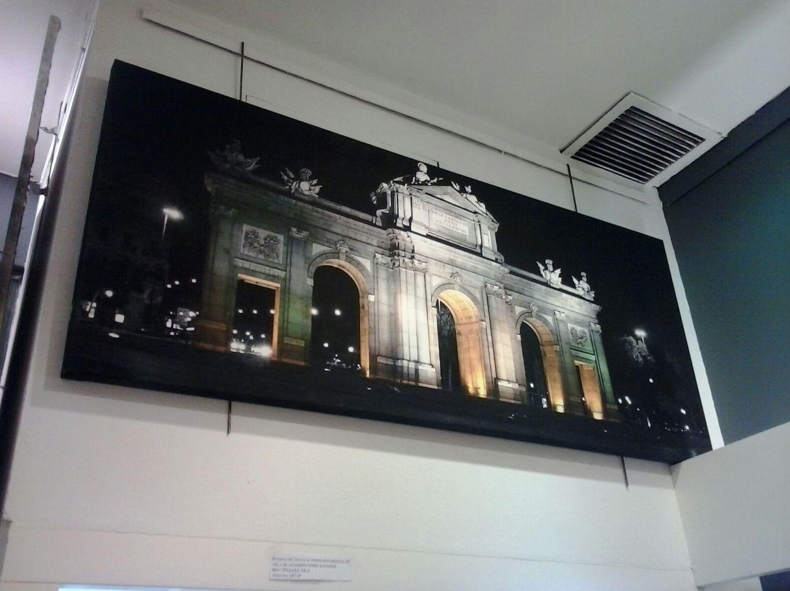 Puerta de Alcala.Impresión el lienzo montada en bastidor de 3.5 cm.