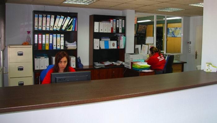 En nuestras oficinas te damos de baja el vehículo de forma rápida y cómoda para tí