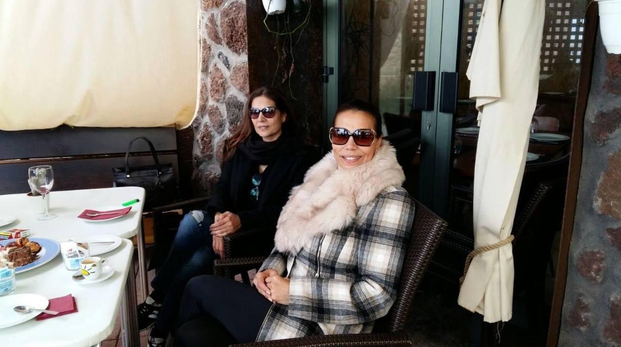 Las hermanas Encarna y Toñi del dúo azúcar moreno