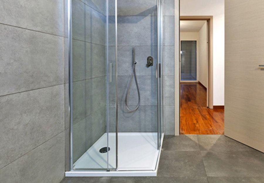 Mamparas de cuarto de ba o en granada tipos de mamparas de ducha - Tipos de mamparas de ducha ...