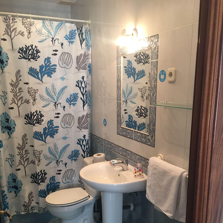 Baño privado con bañera y bidé