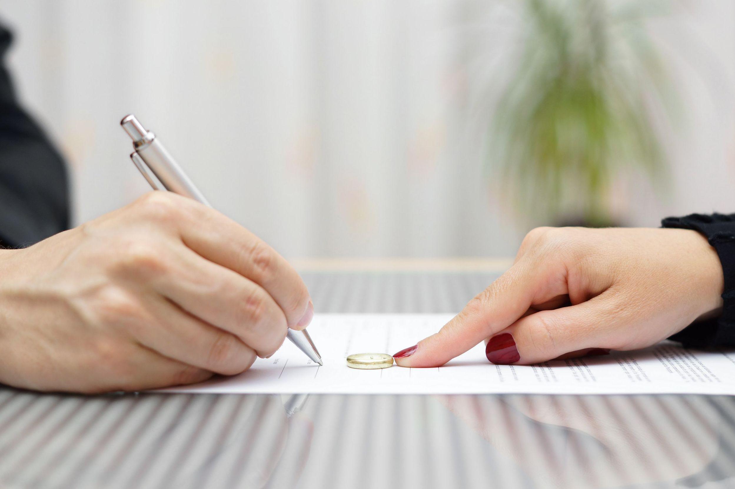 Divorcios: Servicios de Cid y Serra Notarios