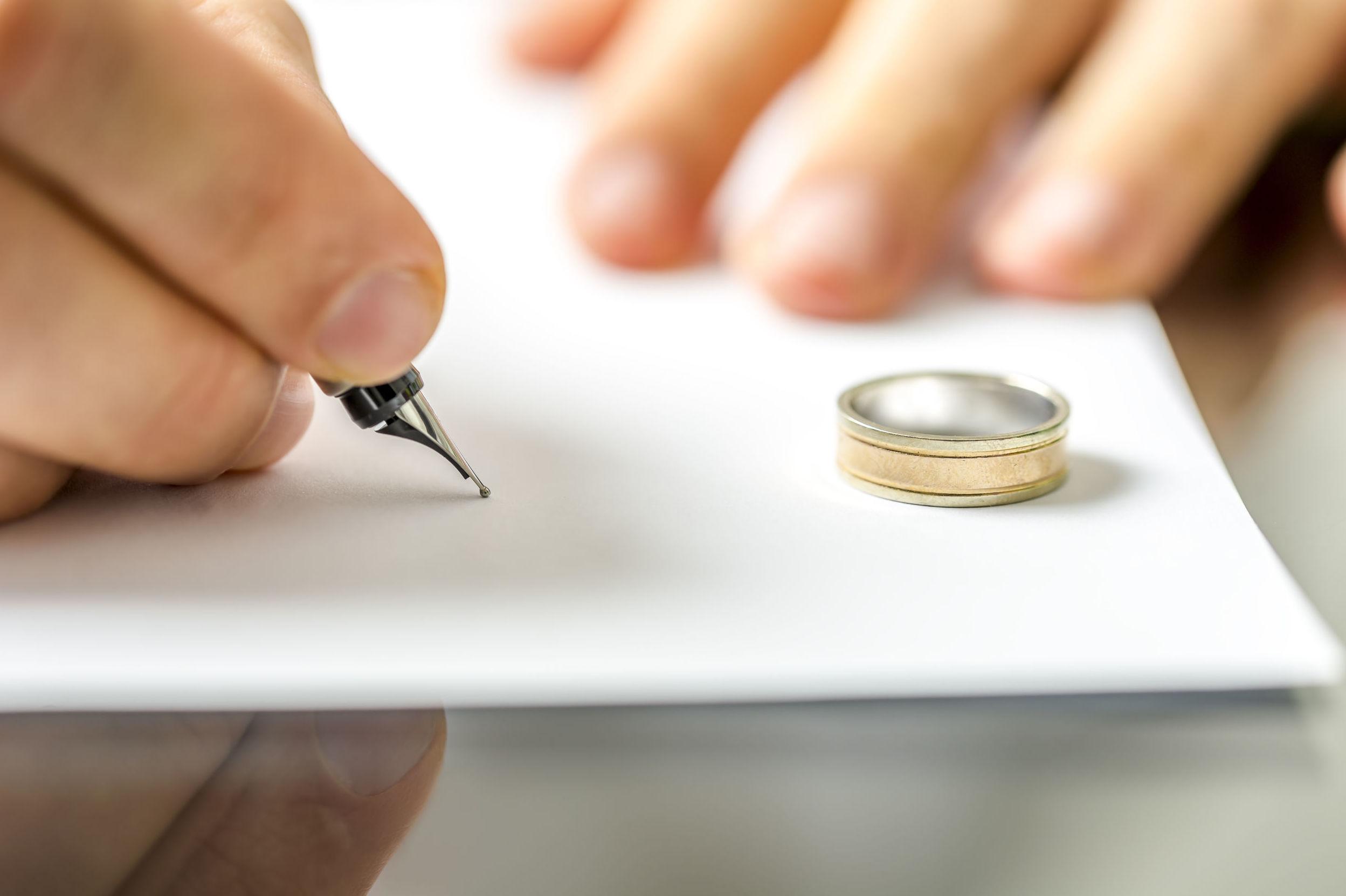 Capitulaciones matrimoniales: Servicios de Cid y Serra Notarios