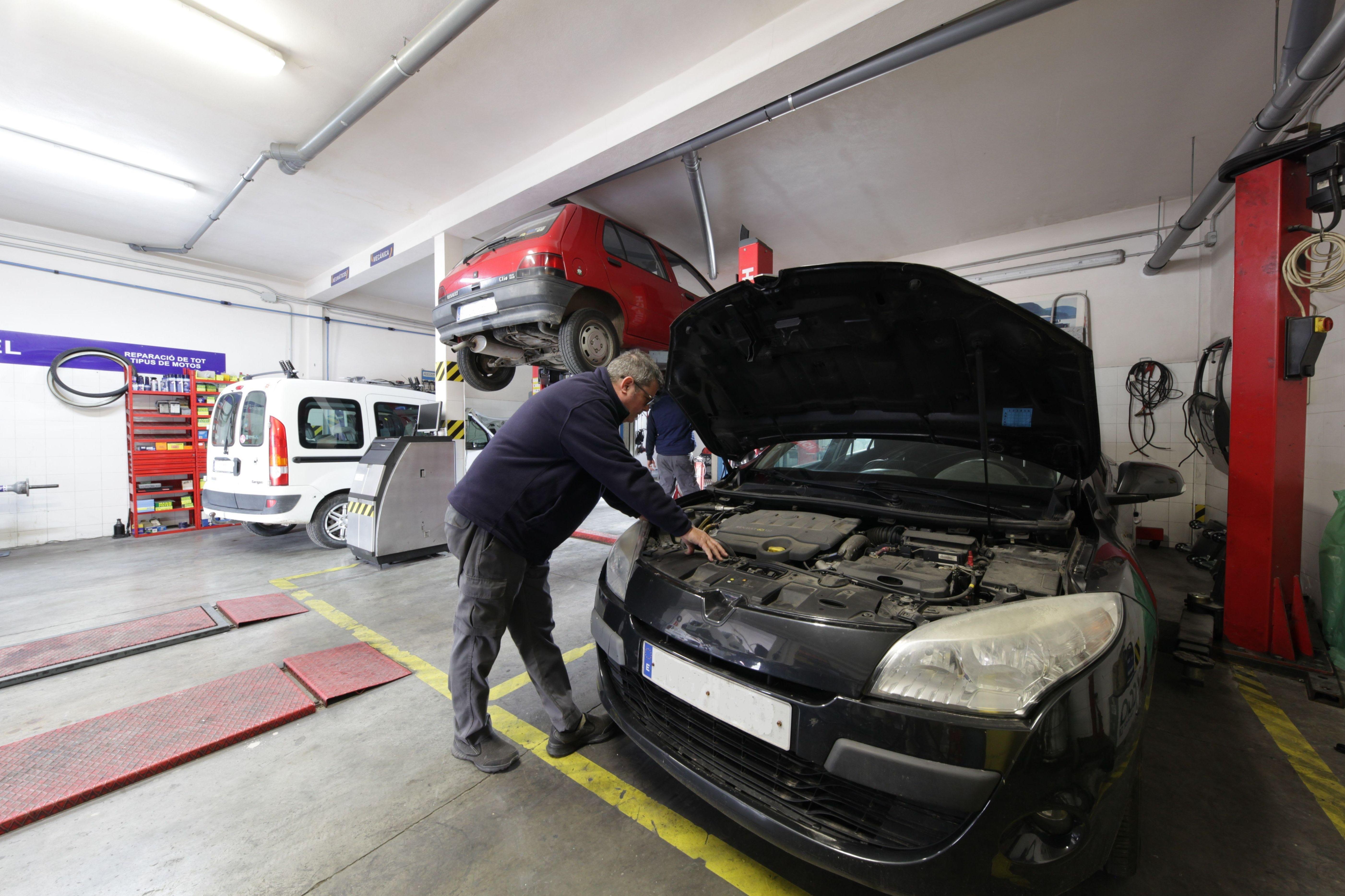 Mecánica en general: Servicios de Talleres Biel