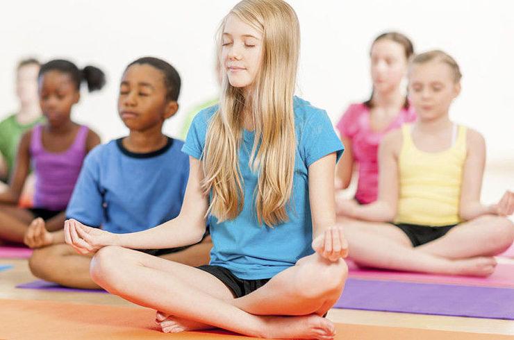 yoga niños carabanchel pozuelo