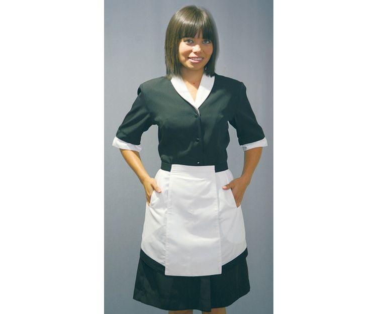 Vestido con delantal blanco y negro