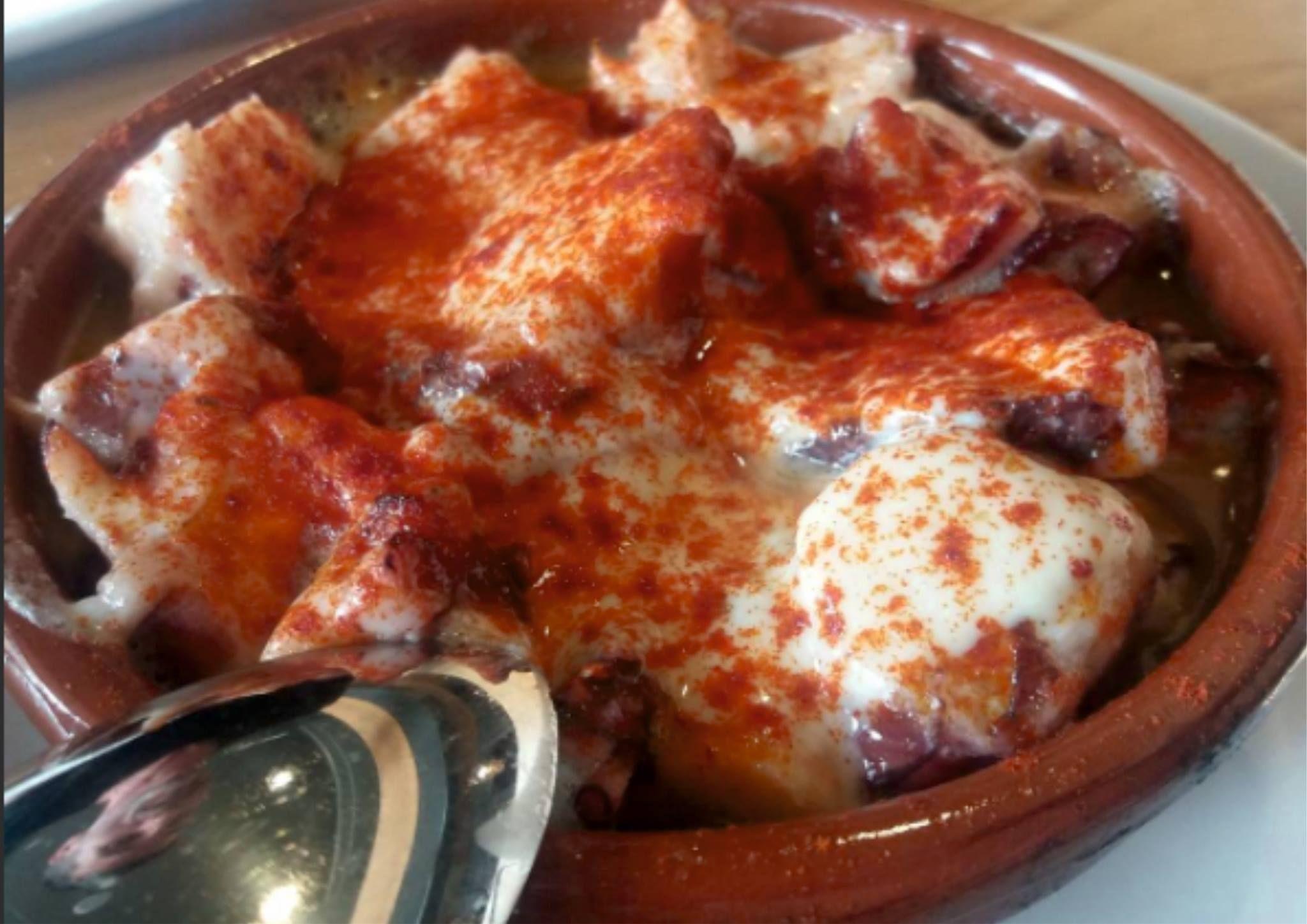 Foto 32 de Cocina tradicional en Cangas | Dos Chata