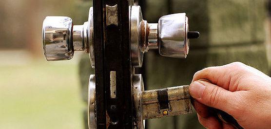 Instalación de cerraduras