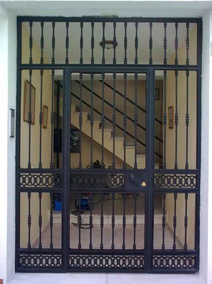 Foto 2 de automatizaci n en cadiz lea for for Puerta entrada vivienda